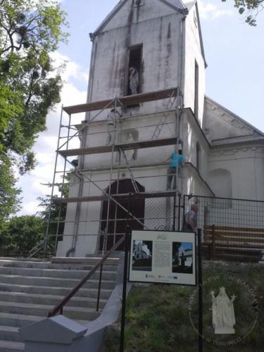 Prace przy kościele - 4 III 2016